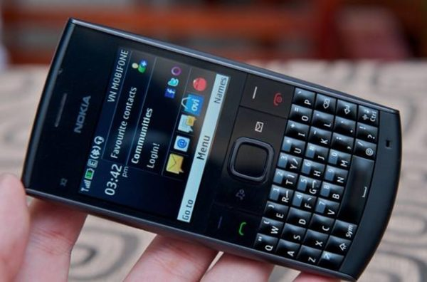 dien-thoai-Nokia X2-01-1